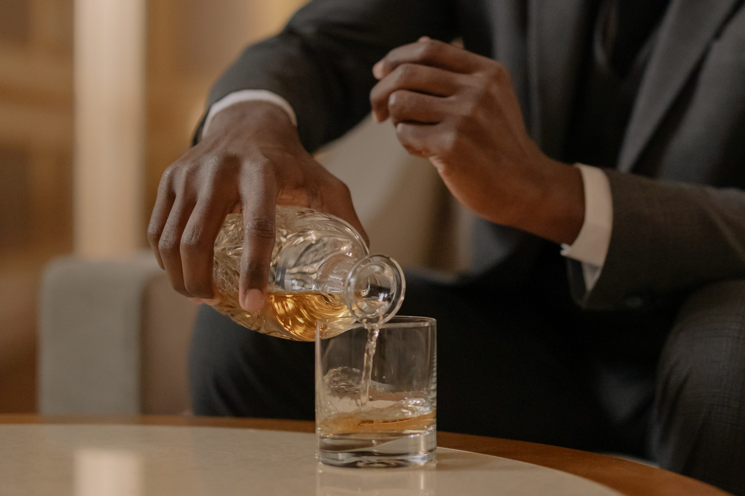 Guide For Whiskey Glasses That Will Look Great